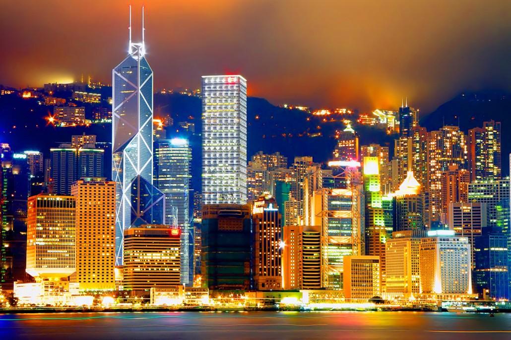 night_view_of_central_victoria_harbor_hong_kong_china