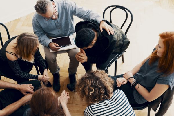 Support-group-therapy